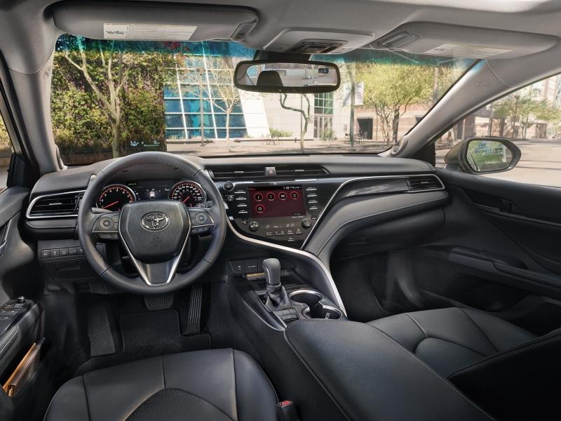 Toyota - Camry